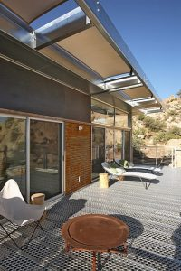 Blue Sky Rock Reach house by O2 Architecture
